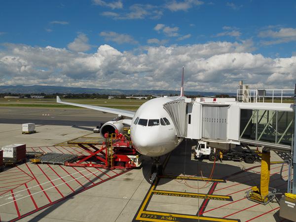 Qantas QF81 ADL to SIN